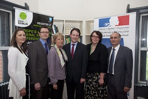 From left to right : Gemma Irvine, Irish Research Council, David Loyd, Chairman of the Irish Research Council, S.E. Mme Emmanuelle d'Achon, Ambassador of France in Ireland, Mr. Seán Sherlock TD, Irish Minister of State with special responsibility for Research and Innovation, Eucharia Meehan, Director of the Irish Reasearch Council, Claude Detrez, Scientific Attaché - JPEG